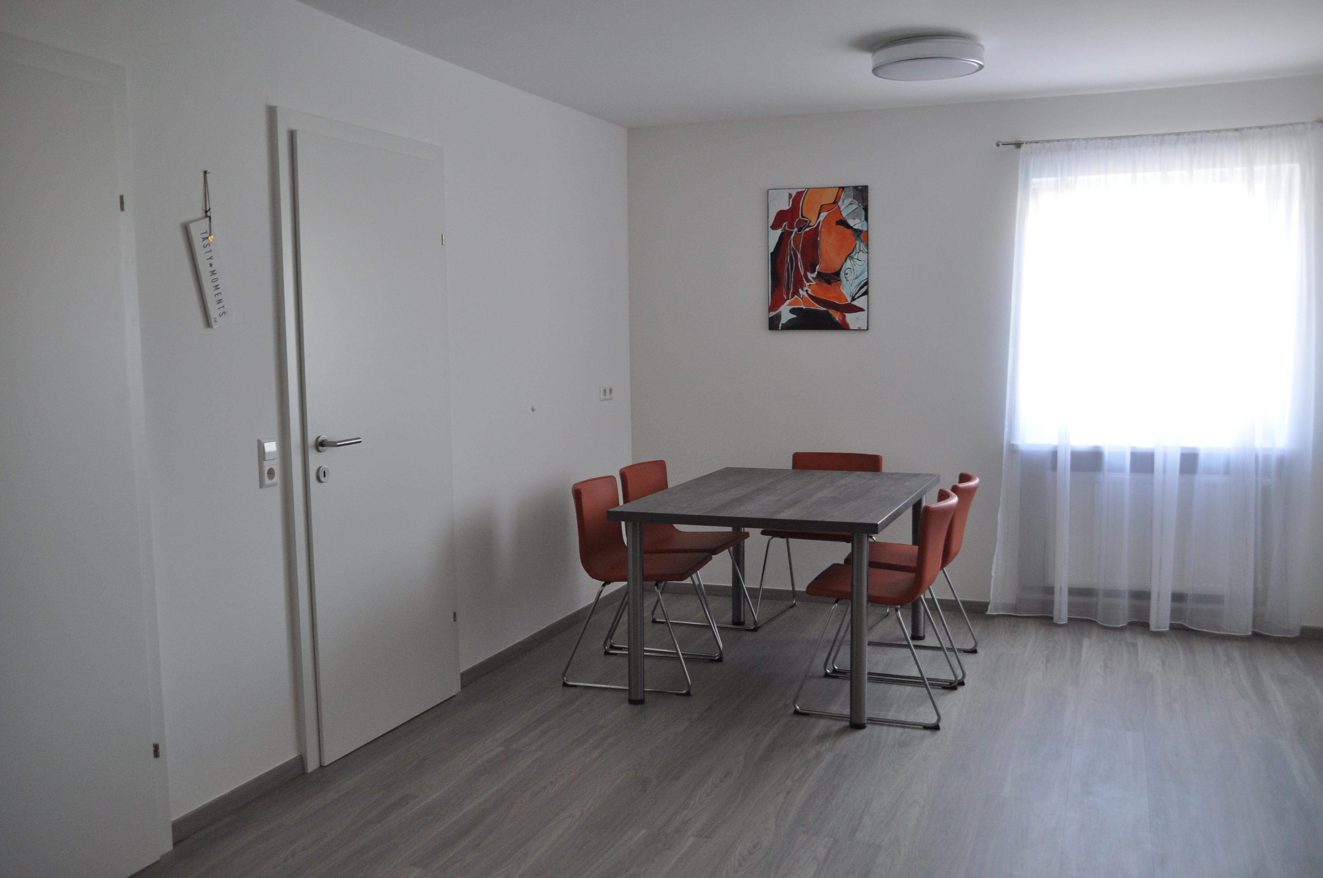 Apartment 1 (6)