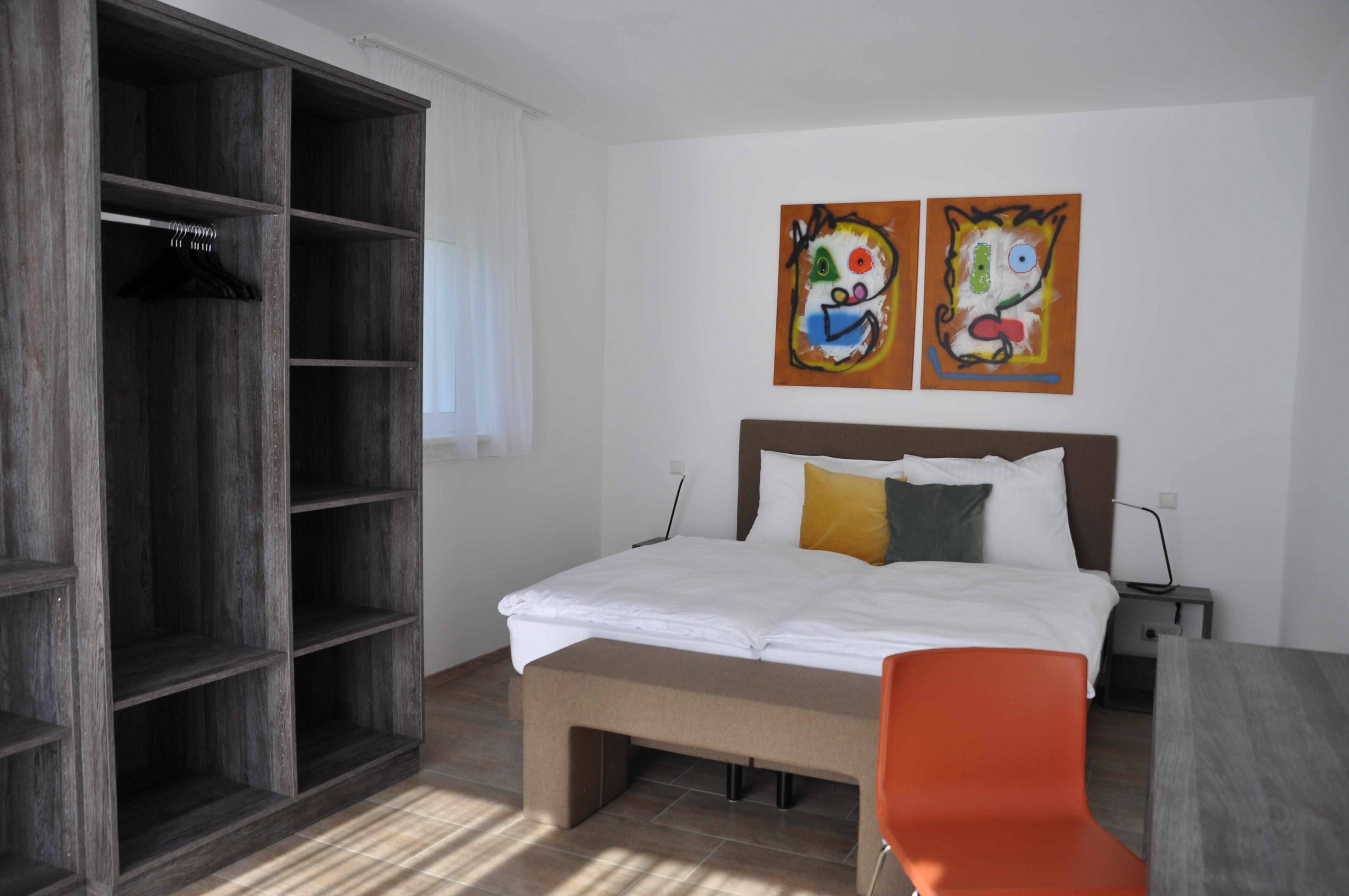 Apartment 4 (6)